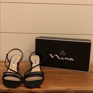 Nina Black Satin Formal Shoes, size 7.